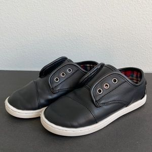 Black Leather TOMS